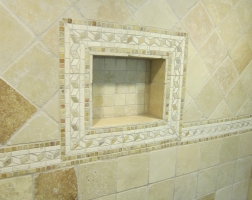 ContractorMen-bathroom-remodel-niche