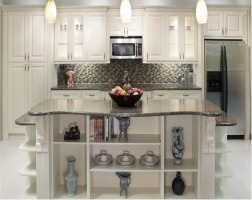 Kitchen remodeling done with professionalism. Add new kitchen cabinets, counter tops, flooring and backsplash to your kitchen remodel with Contractormen, Cumming, GA.