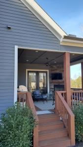 Custom-Home-Renovations-ContractorMen